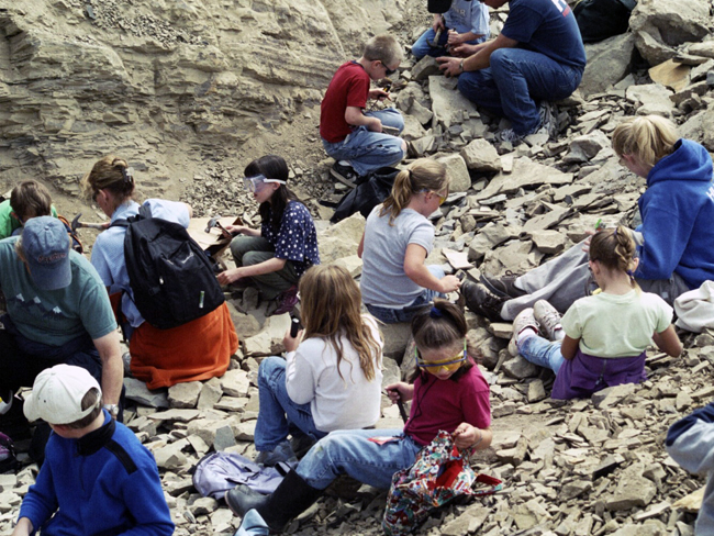 Students and teachers searching for fossils.